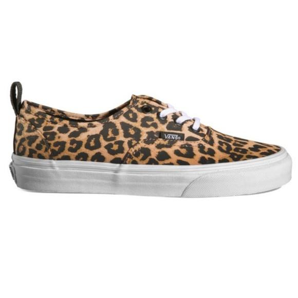 875bc41b6e6553 Vans Authentic PT Low Top Leopard True White Women.  M 5b68b6c4194dadb5ebde61d8